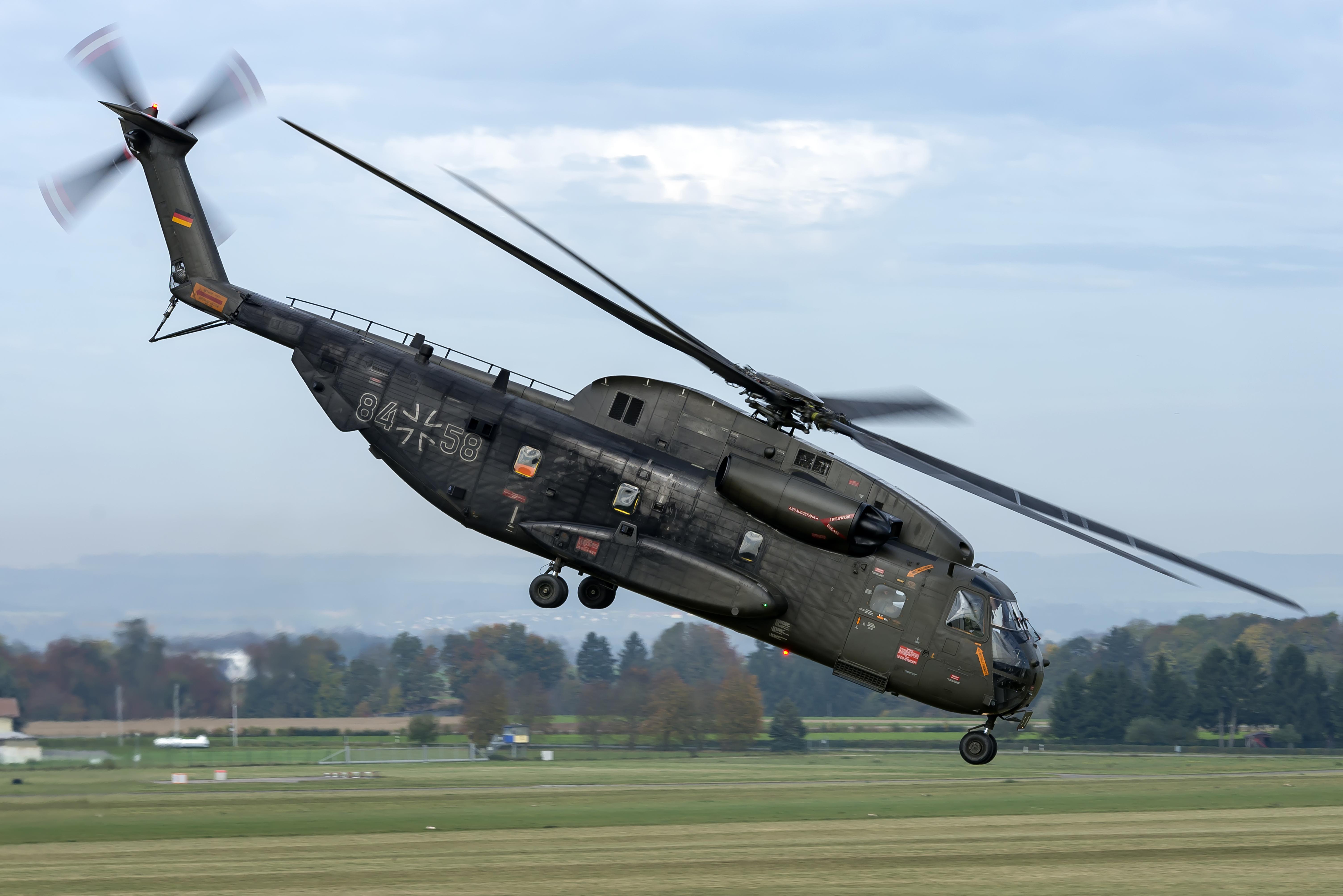 CH-53 Laupheim GERMAN AIR FORCE - Aeromundo Magazine